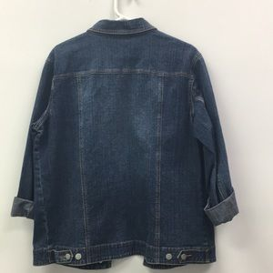 Women's Button front Jean Jacket
